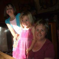 Ella, Erin & Jane at dinner