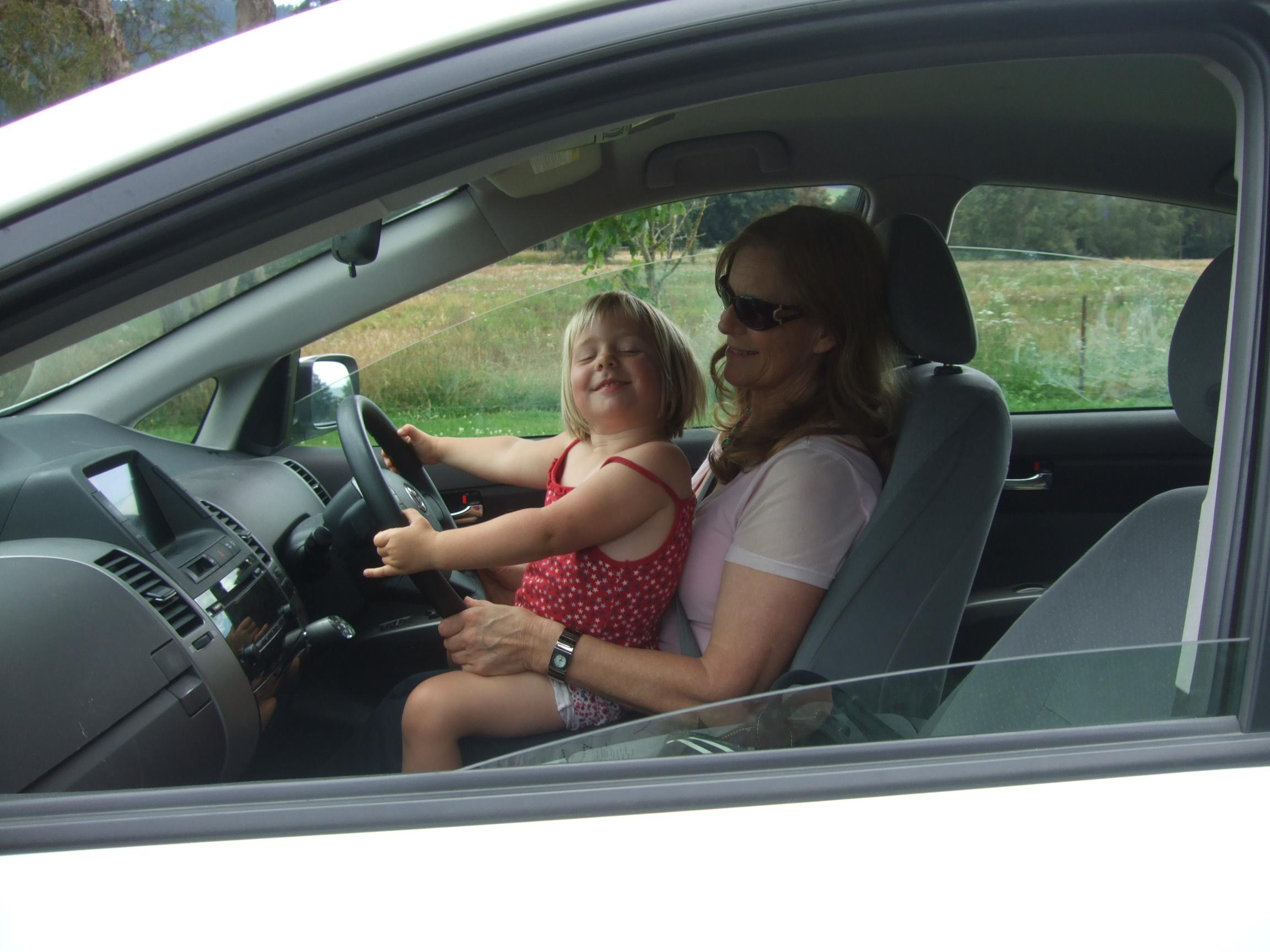GranJan helps Poppy drive