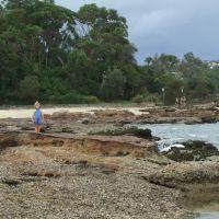balmoral-beach-rocks