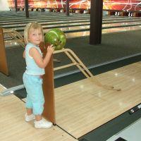 poppy-bowling